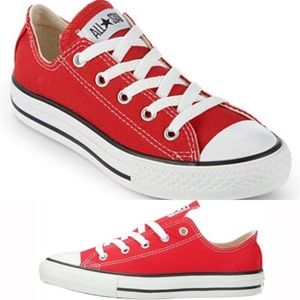 CONVERSE. Red.